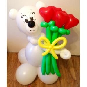 """Фигура из шаров """"Мишка с цветами-сердечками"""""""