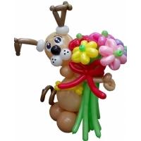 """Фигура из шаров """"Пёсик с букетом"""""""